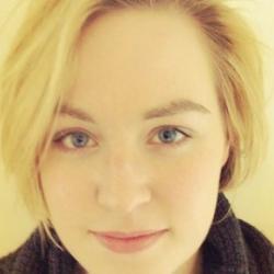 Dr Emma  Lees